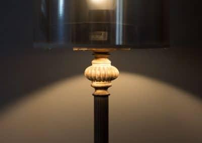 grisbleu-salon1-lampe
